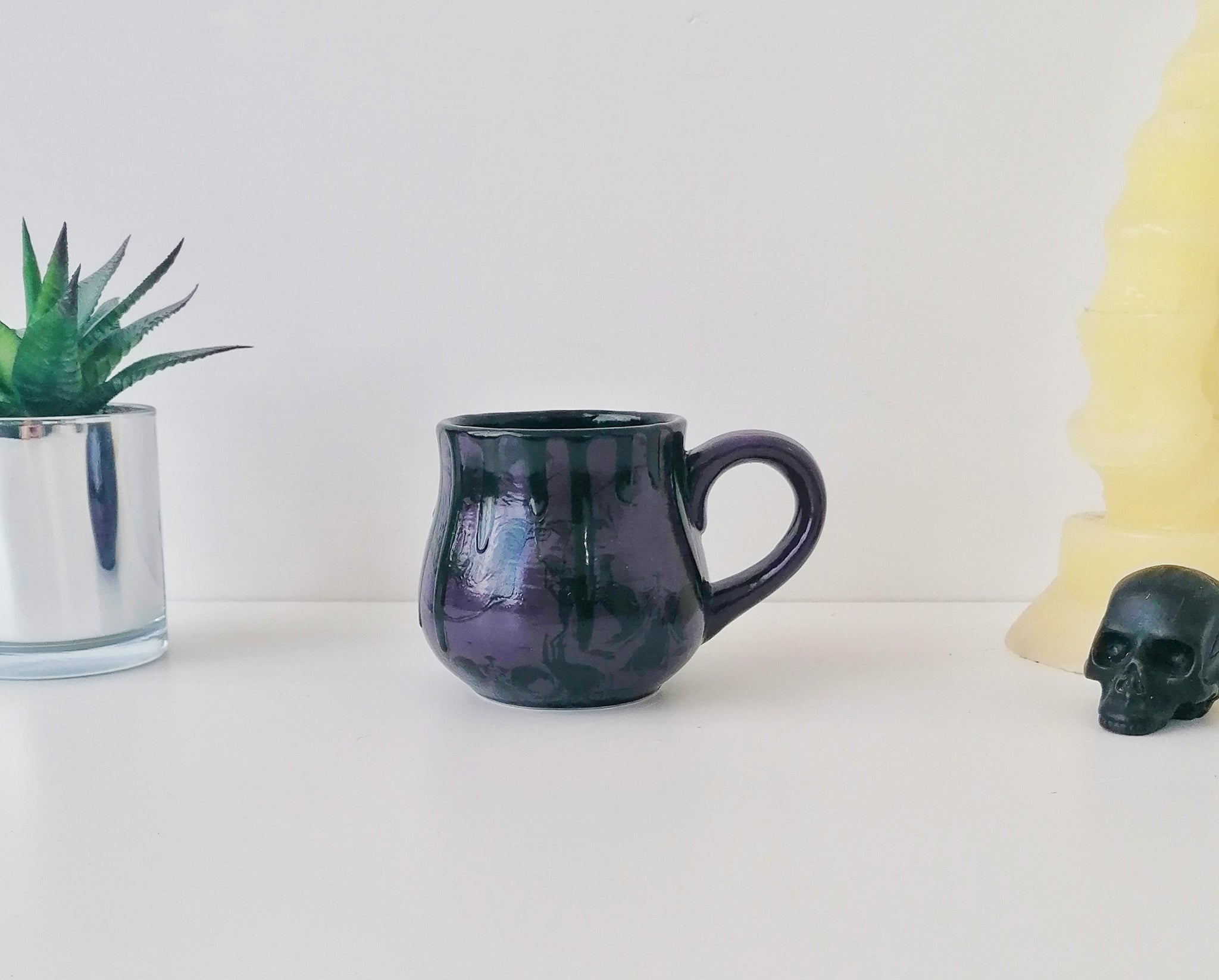 Purple Skull Bulgy Mug