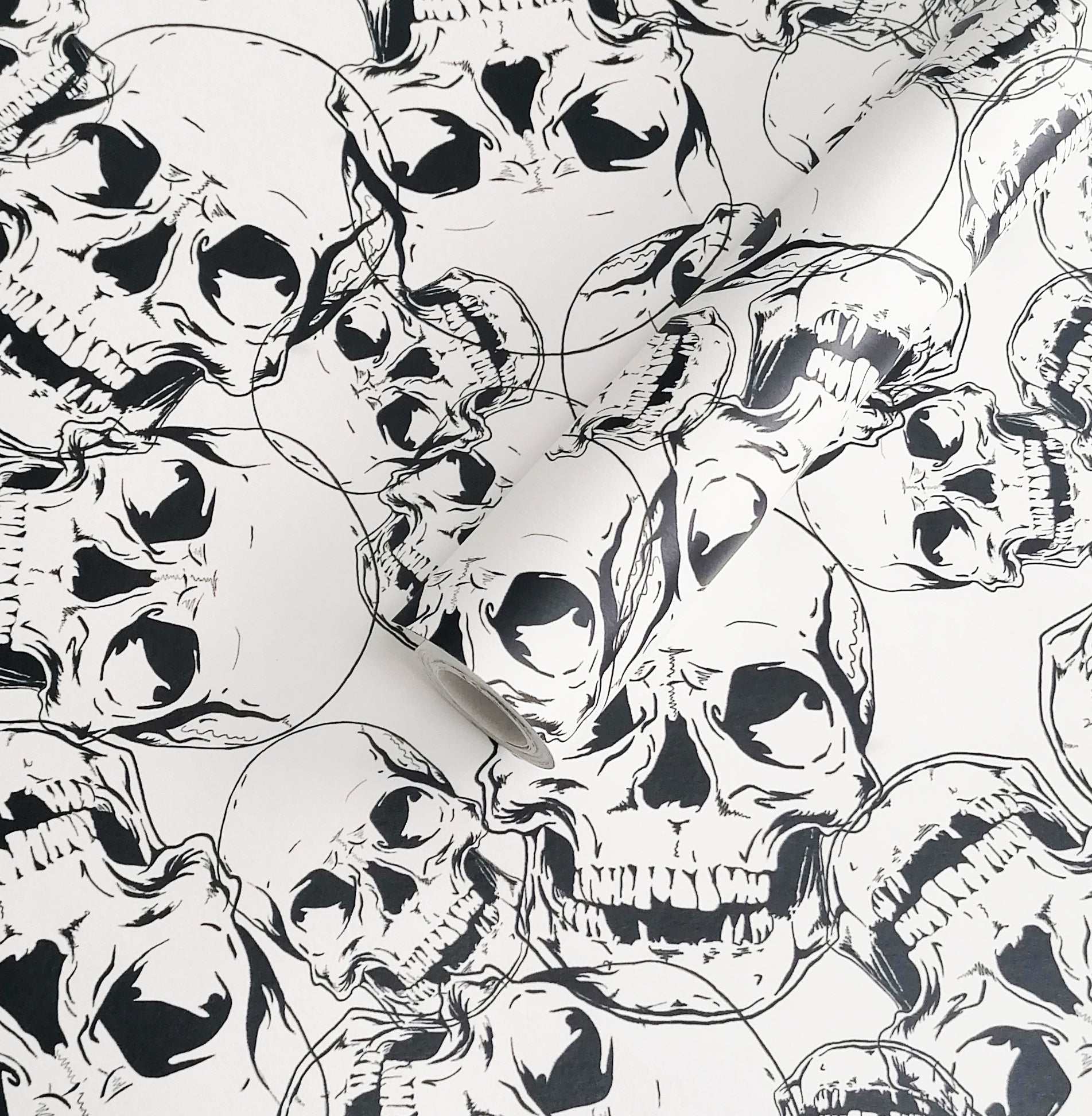 Skull Wallpaper roll 60cm x 300cm