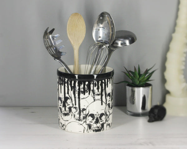 Skull Utensil Holder