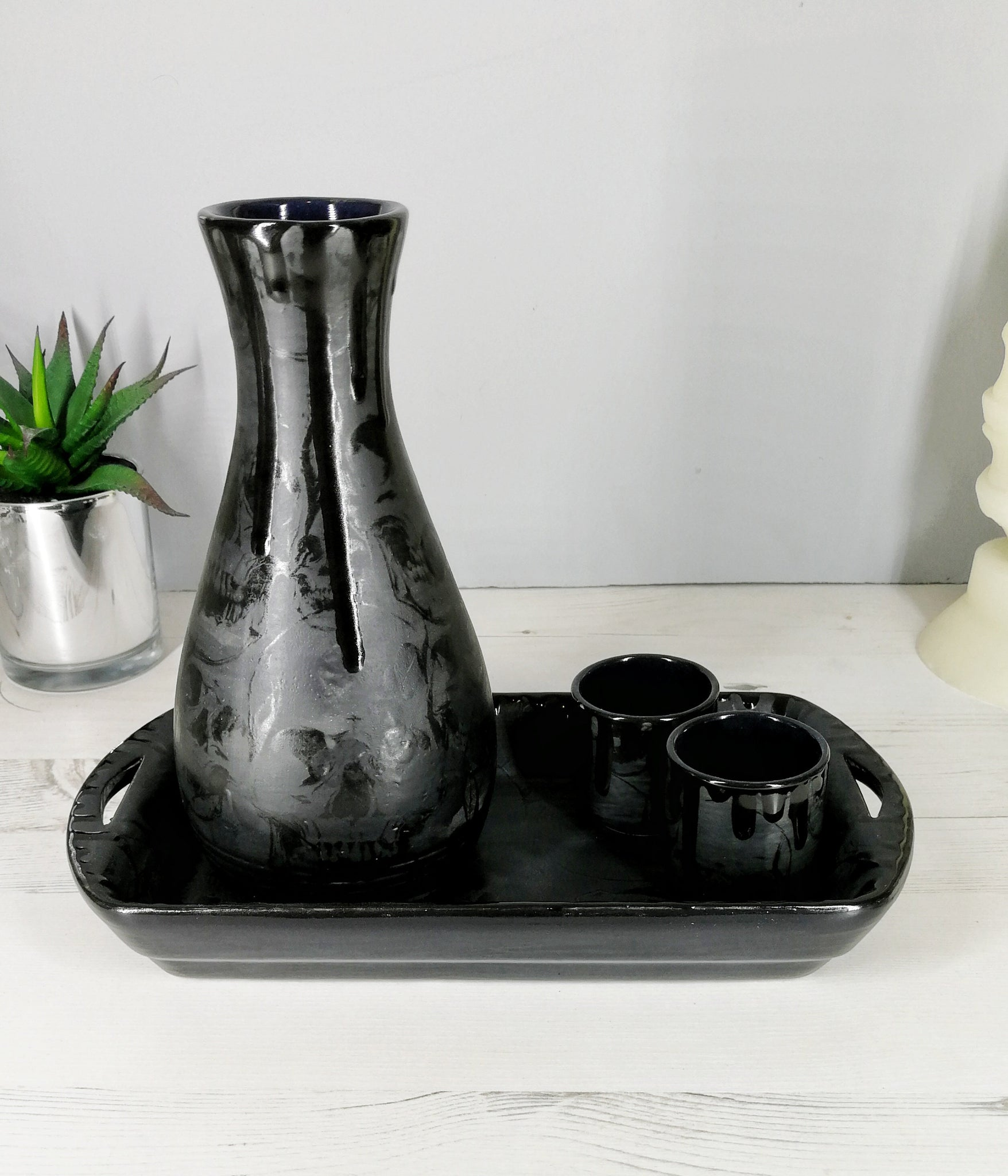 Matte Black Skull Sake Set