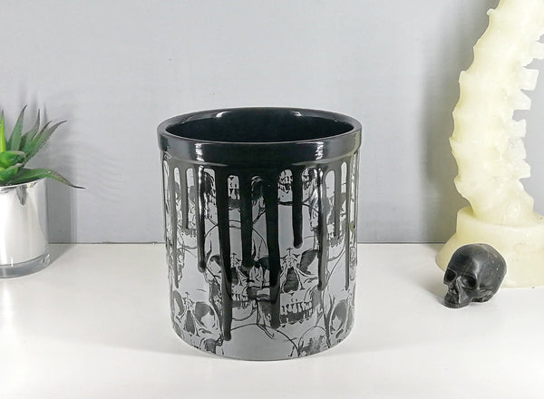 Grey Skull Utensil Holder