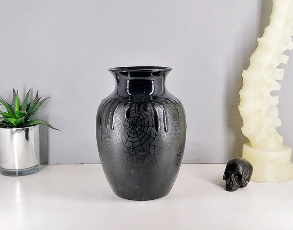 Matte Black Web Curved Vase