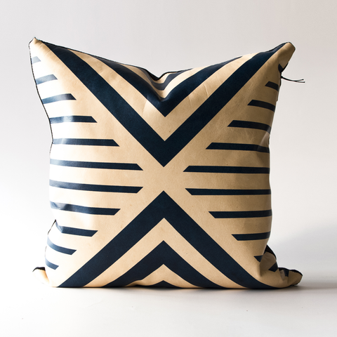 "Avoavo Blue Geometric Pillow - 18""x18"""