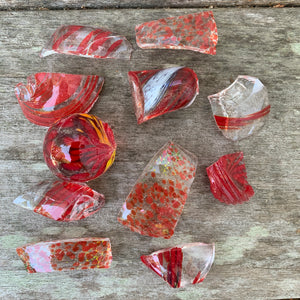 Glass Chips Red (4 oz)