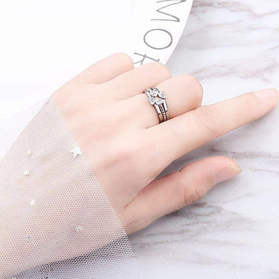 3-In-1 Four-Leaf Clover Promise Ring