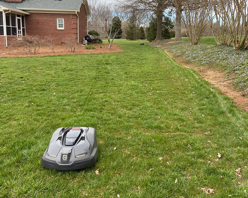 Automower 450XH | High Cut for Tall Fescue | (covers up to 1.25 acres)