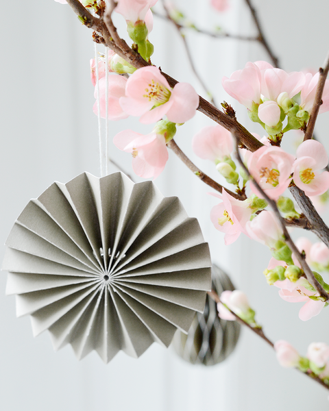 Paper Ornament GRAU