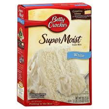 BETTY CROCKER SUPER MOIST WHITE CAKE MIX  517G