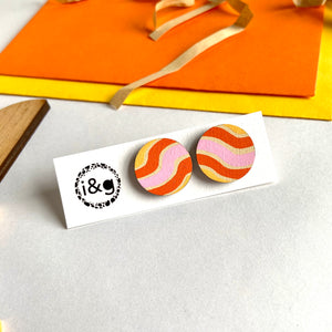 70's Wave Circle Studs