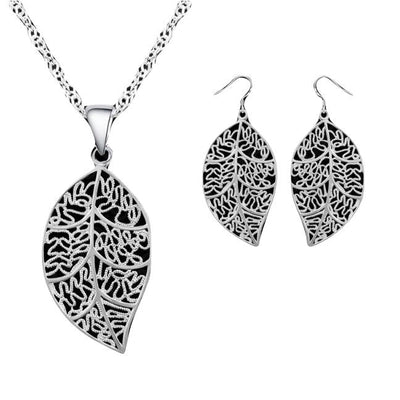 Dangling Leaf Necklace Set