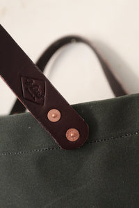 Fountainwell Tote