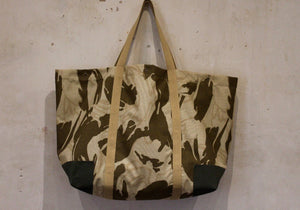 Coll Bahrain camo oversized bag with olive cotton canvas corners back