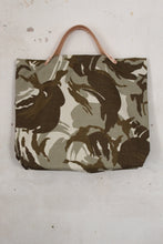 Load image into Gallery viewer, Fountainwell Tote Back View