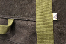 Load image into Gallery viewer, Selvedge Rigger Bag Deatil Olive