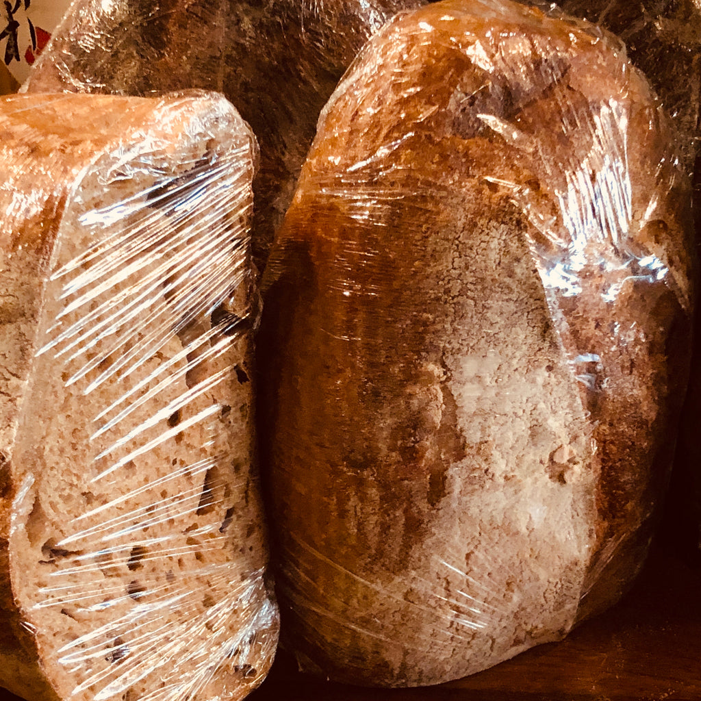 HEWN COUNTRY LOAF HALF (full loaf 1.5Kg)