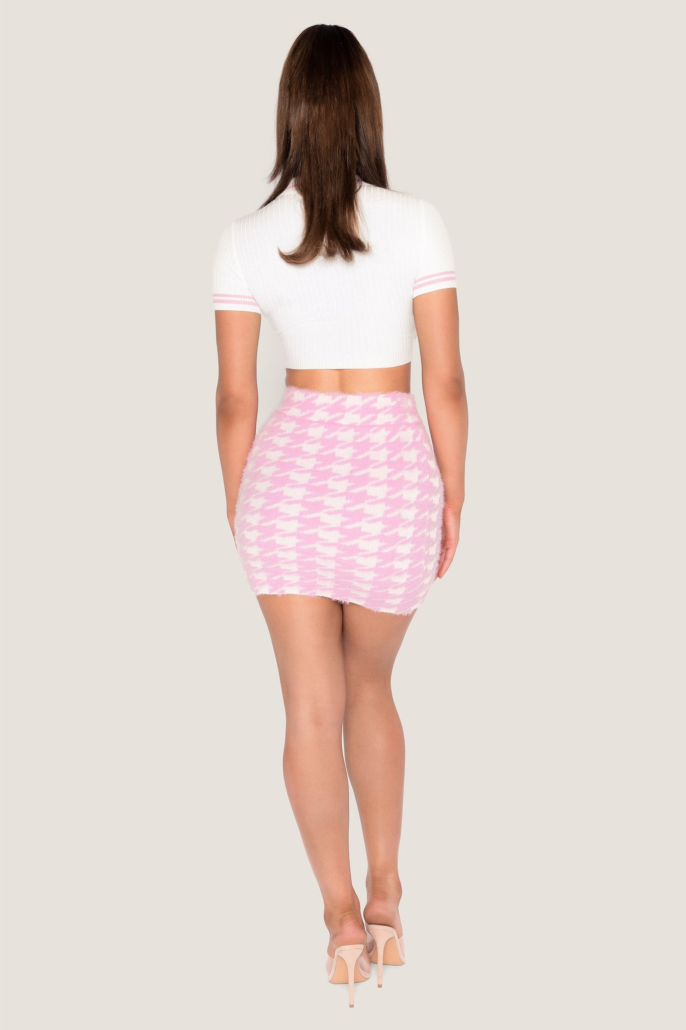 Cindie Fluffy Houndstooth Mini Skirt - Baby Pink - MESHKI