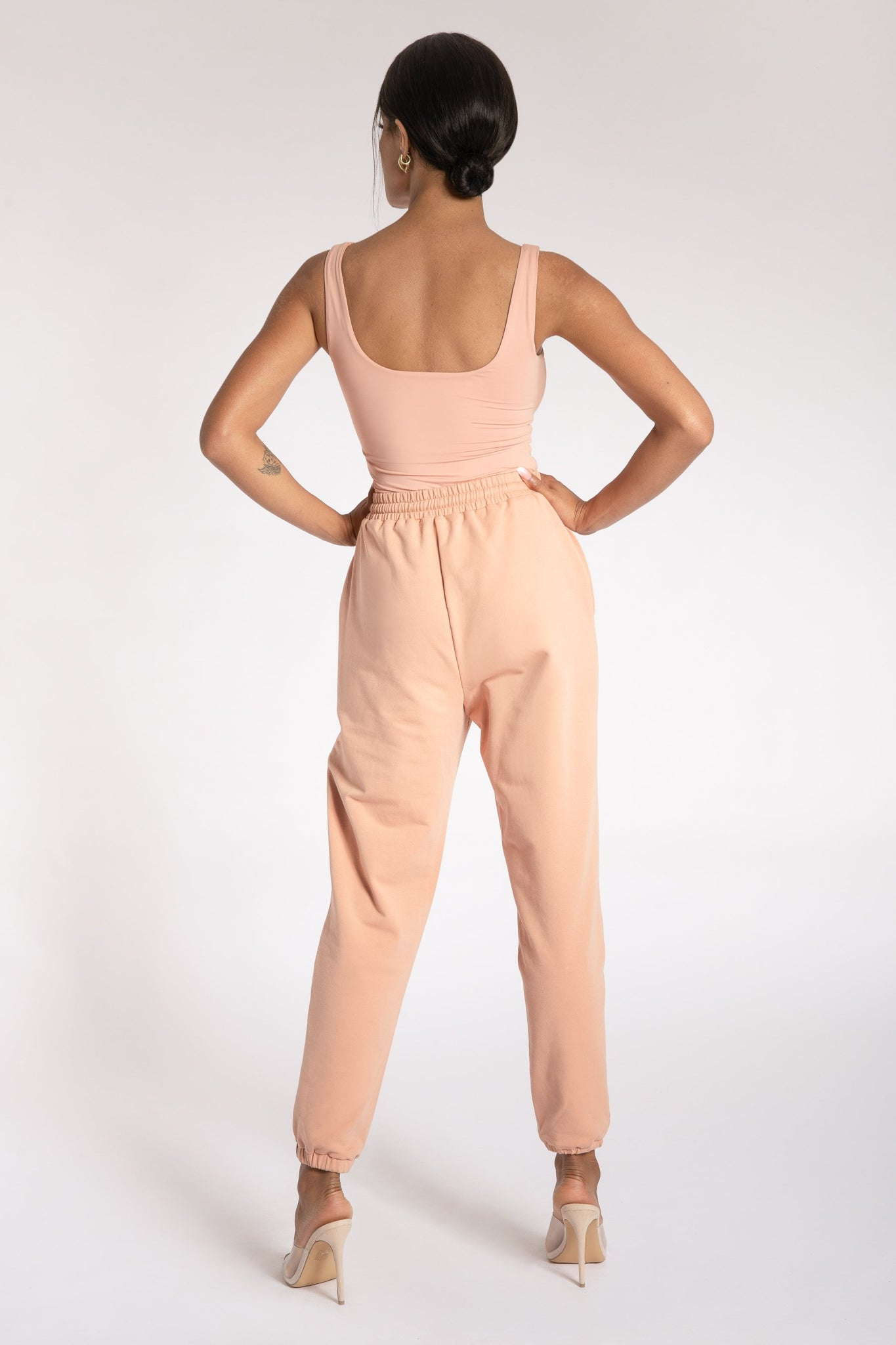 Jaelyn Thick Strap Scoop Neck Bodysuit - Apricot - MESHKI