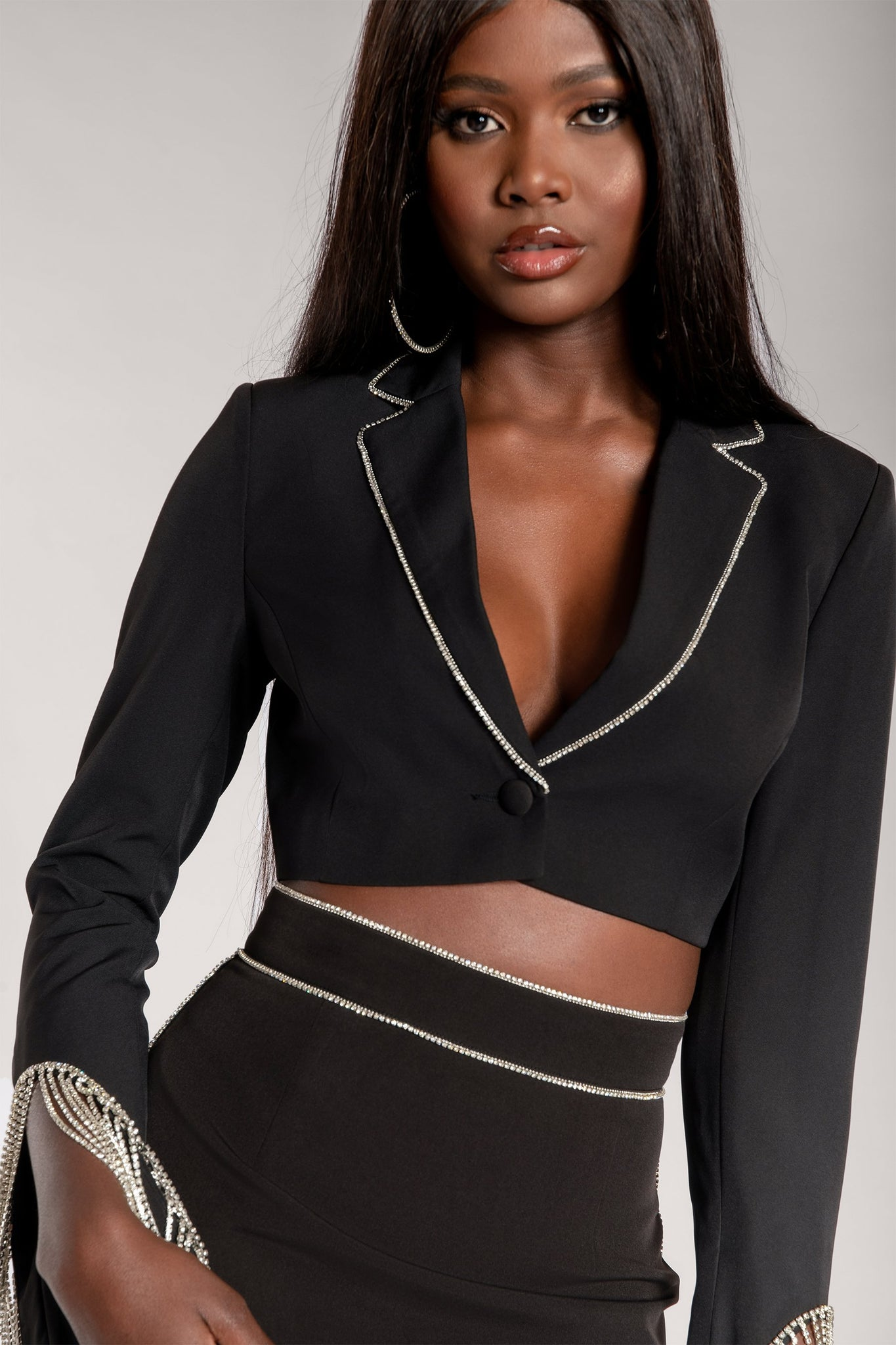 Makenzie Diamante Crop Blazer - Black - MESHKI