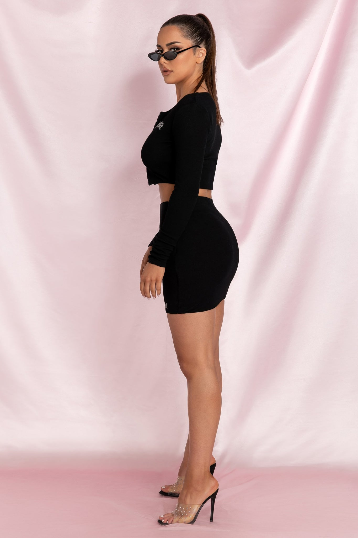 Brittney 'Feisty' Double Zip Long Sleeve Crop Top - Black - MESHKI