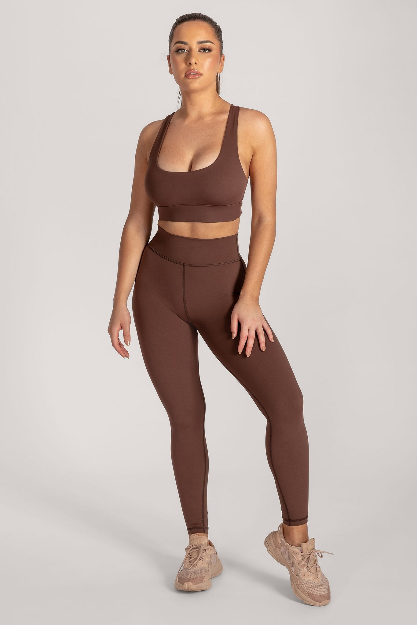 Thea Racerback Crop Top - Chocolate - MESHKI