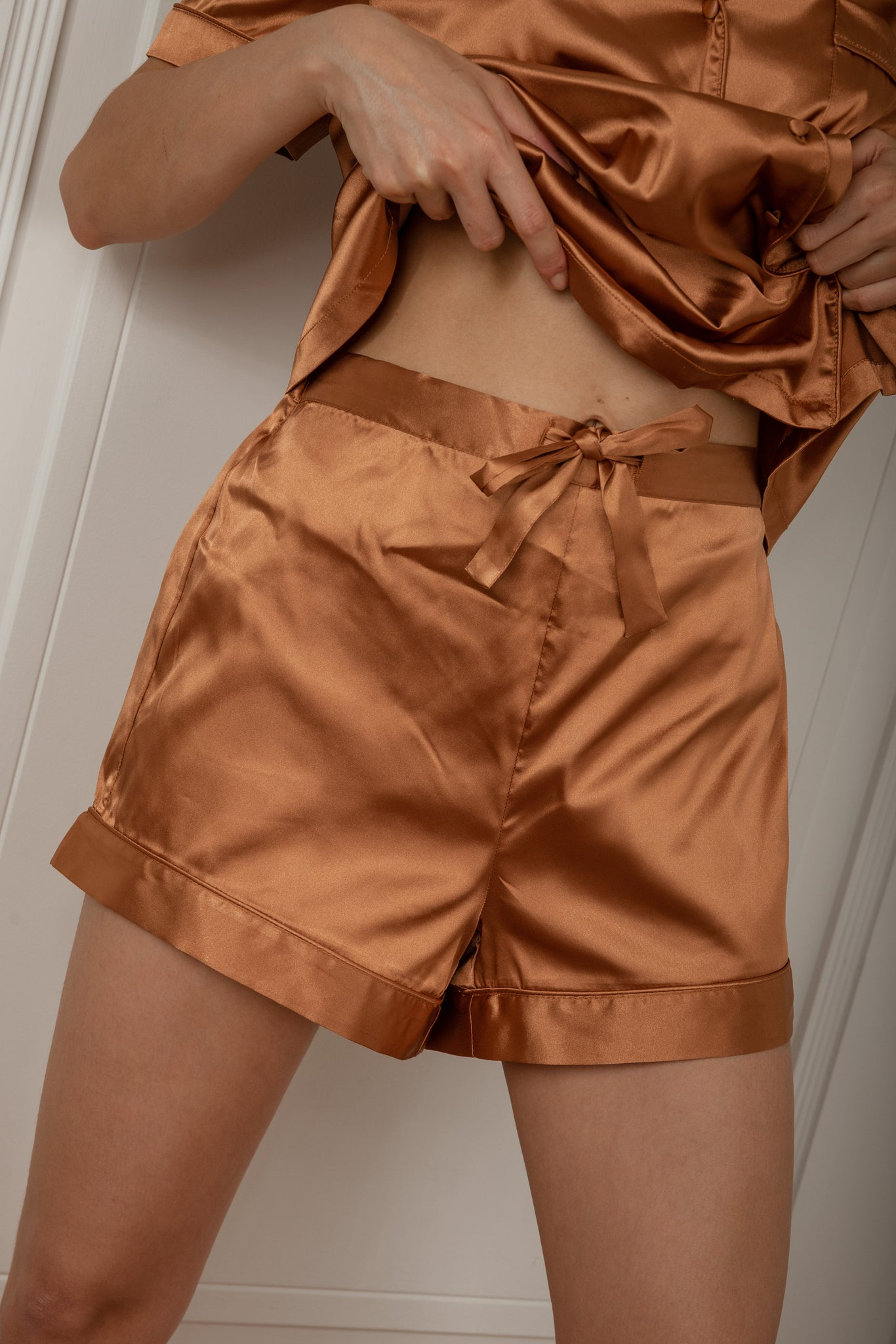 Madelyn Satin Pyjama Shorts - Biscuit - MESHKI