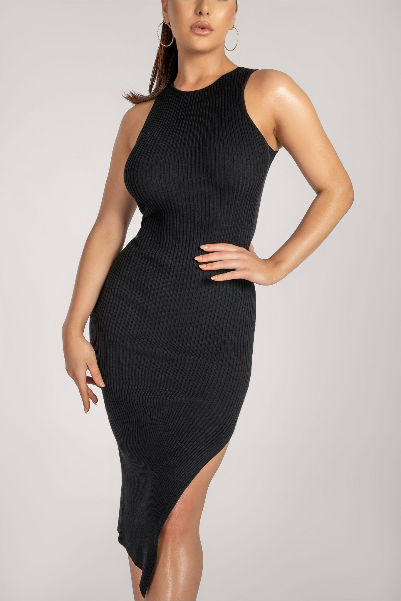 Sienna Sleeveless Ribbed Midi Dress - Black - MESHKI