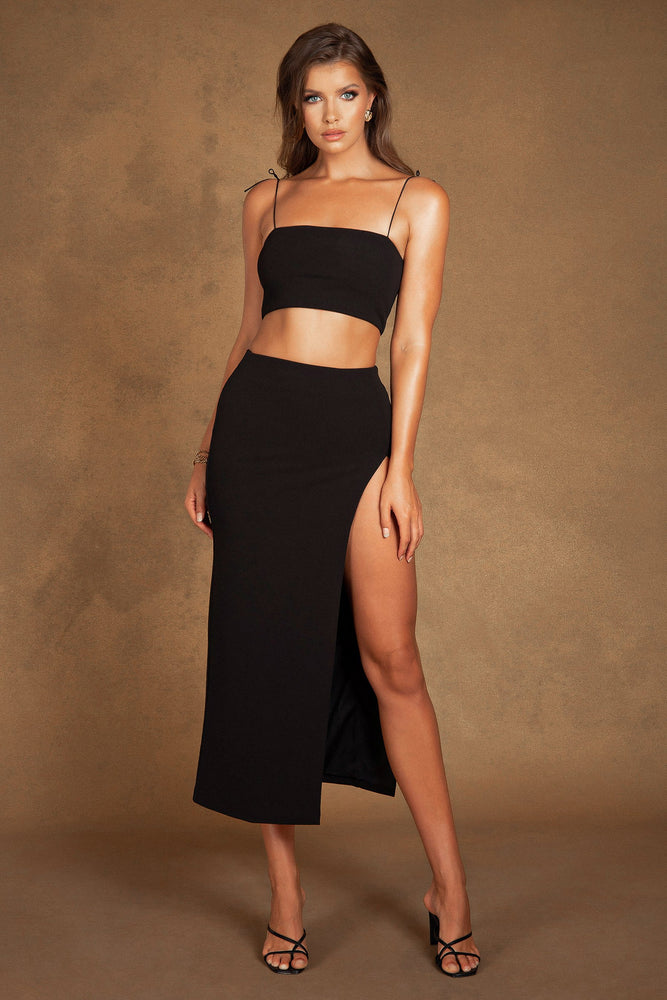 Arla High Waist Thigh Split Maxi Skirt - Black
