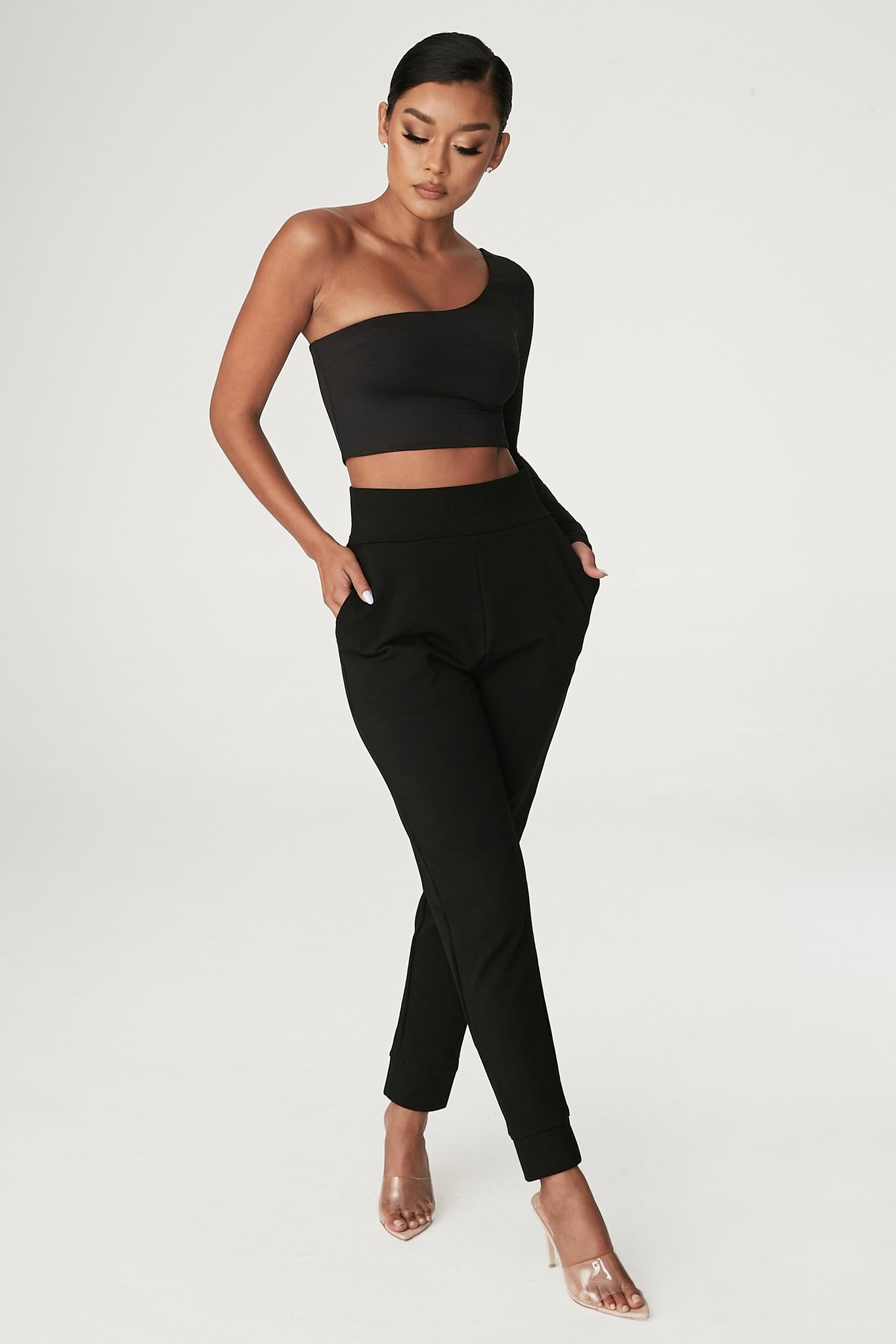 Amelia Fitted High Waisted Joggers - Black - MESHKI