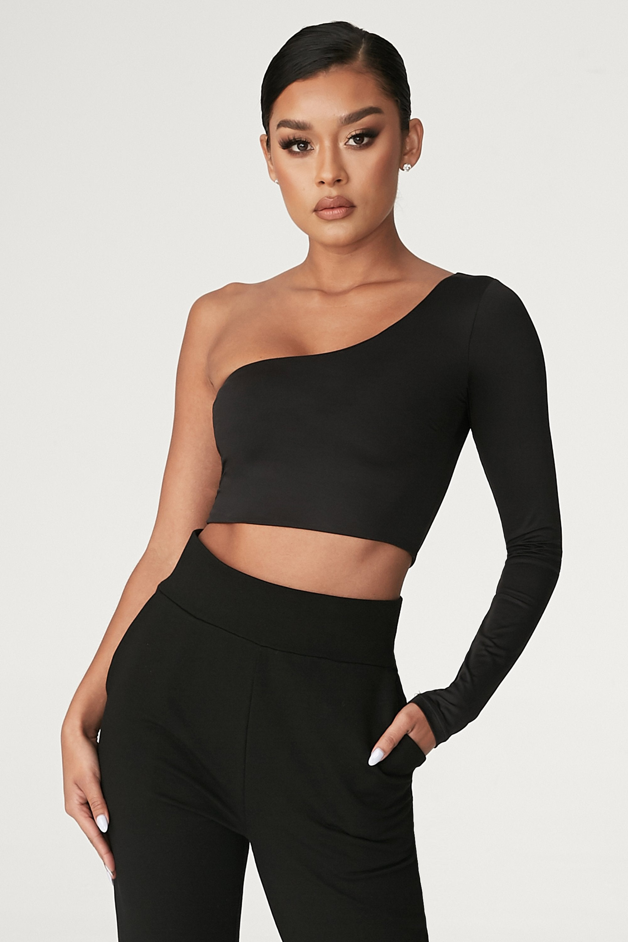 Amirah Adara Pics amirah one shoulder crop top - black