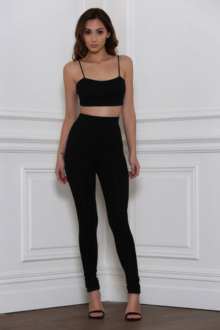 Kaman Singlet Crop Top - Black