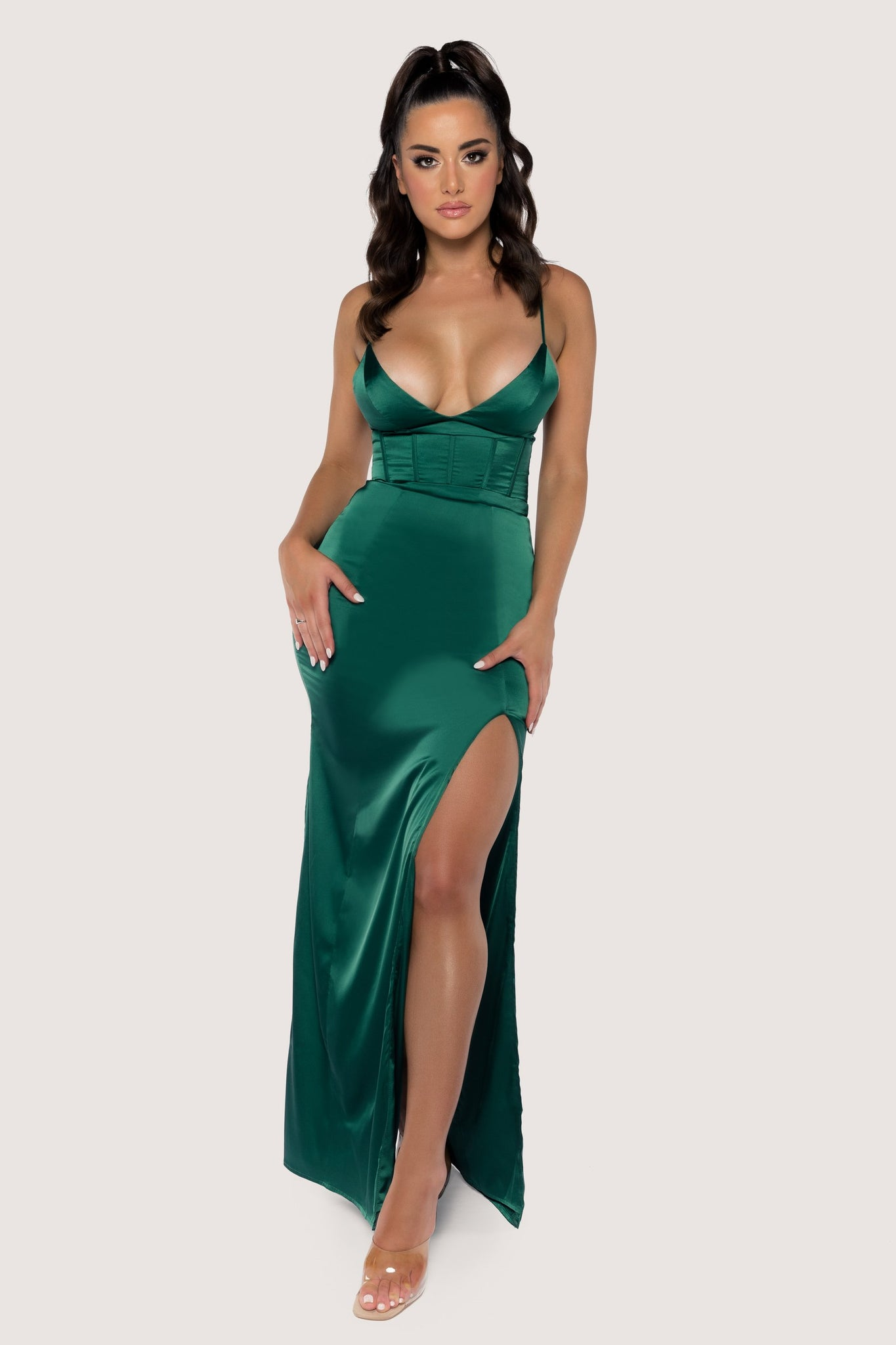 Dania Thin Strap Plunge Maxi Dress - Emerald - MESHKI