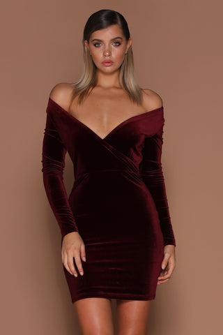 Dabria V-Neck Long Sleeve Velvet Mini Dress - Burgundy - MESHKI