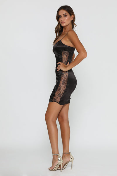 Sama Lace Mini Dress - Black - MESHKI