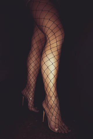 Amani Fishnet Stockings - Black - MESHKI