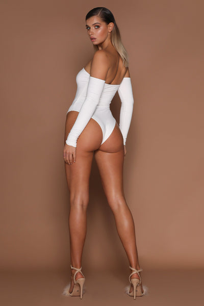 Nicola Off Shoulder Bodysuit - White - MESHKI