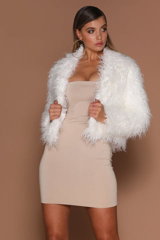 Kimia Faux Fur Cropped Coat - Ivory - MESHKI
