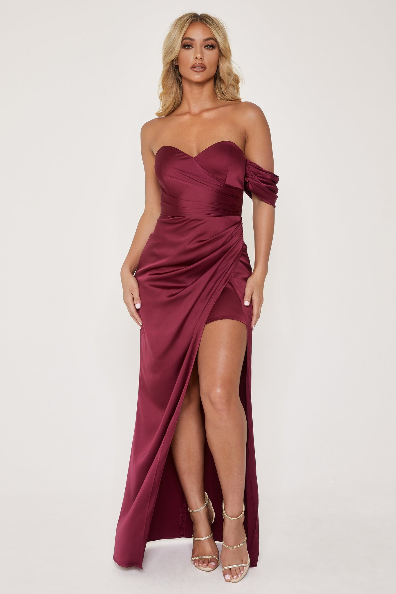 Elodie Sweet Heart Drape Shoulder Maxi Dress - Burgundy - MESHKI