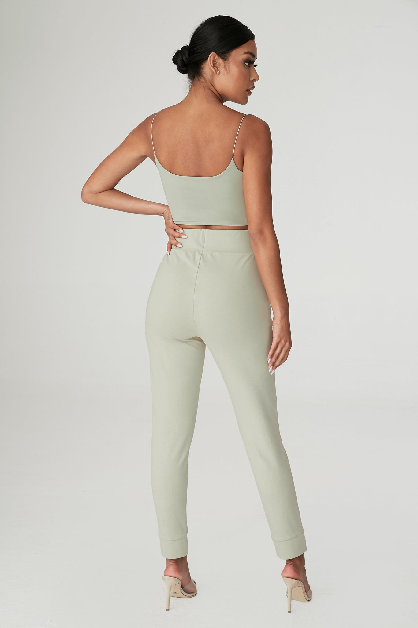 Amelia Fitted High Waisted Joggers - Olive - MESHKI