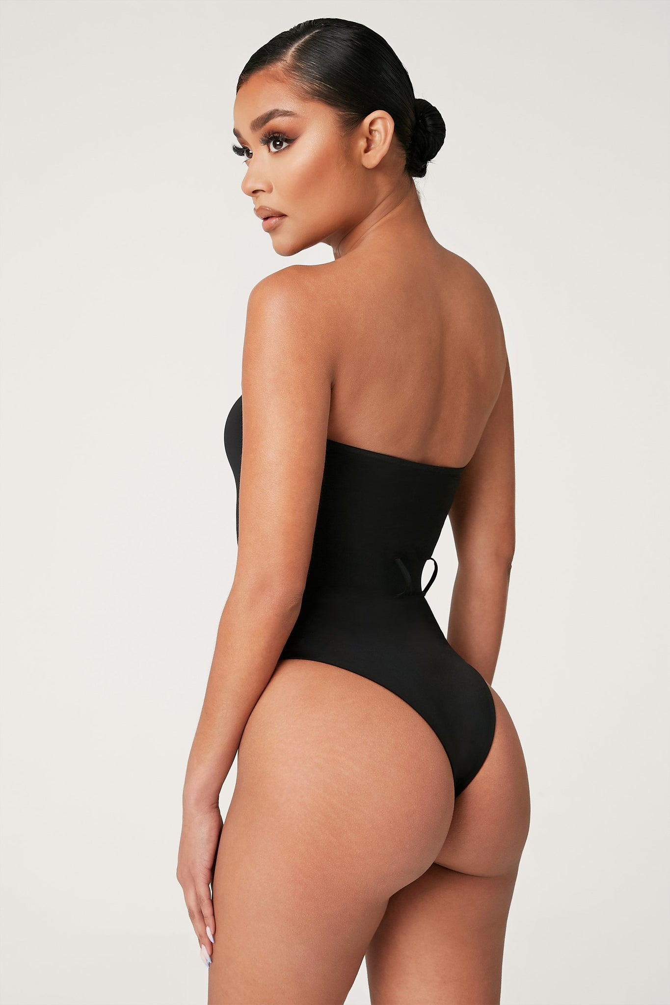 Carter Strapless One Piece - Black - MESHKI
