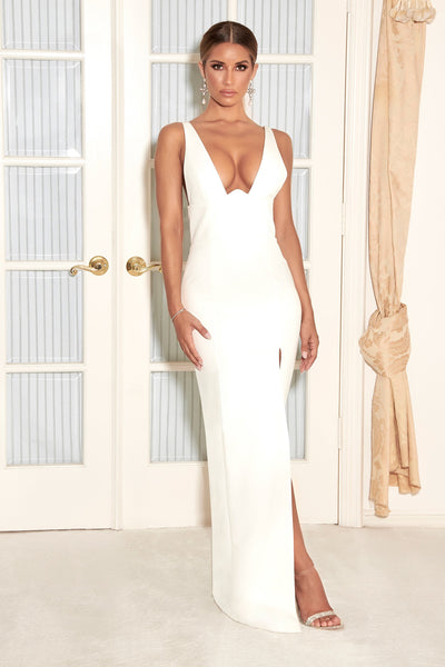 Lillian Corseted Fitted Gown - White - MESHKI