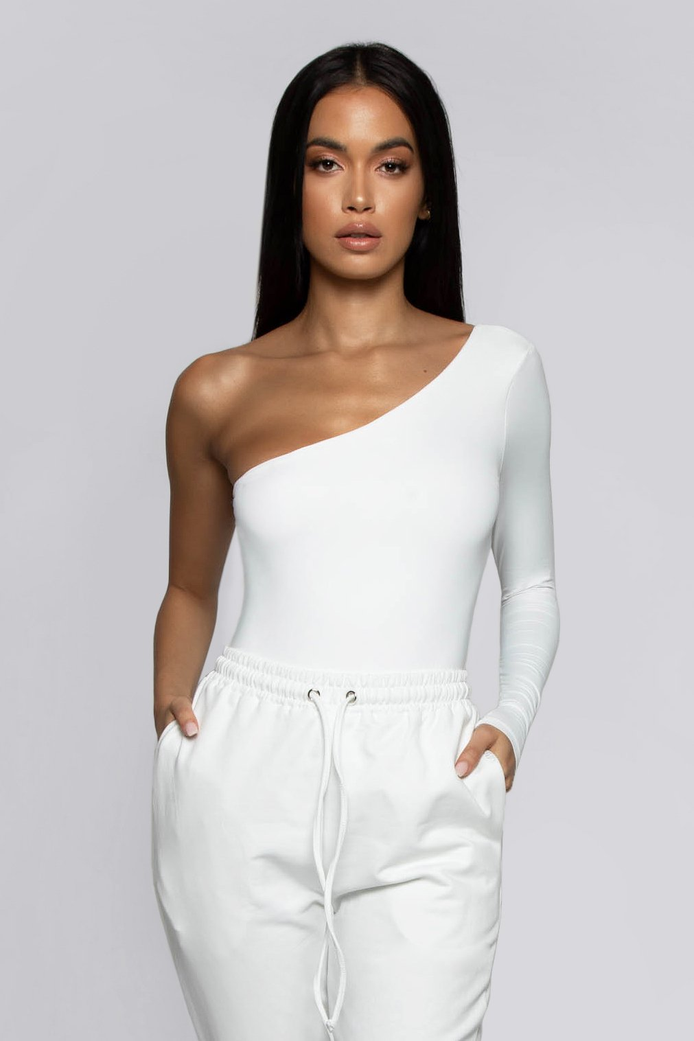 Mya One Shoulder Long Sleeve Bodysuit - White - MESHKI