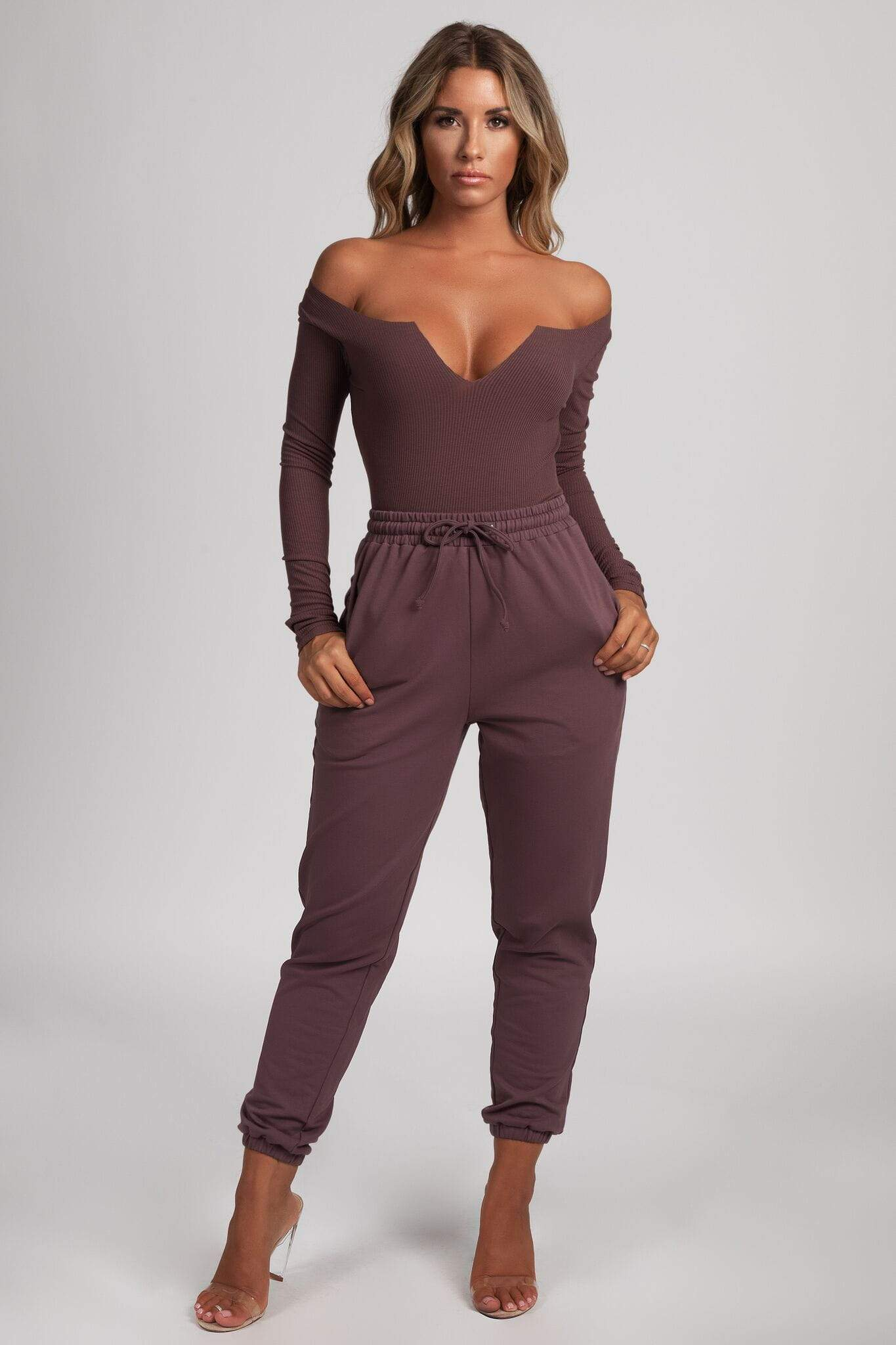 Malene V-Neck Ribbed Long Sleeve Bodysuit - Mauve - MESHKI