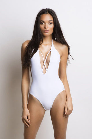 Naomi One Piece - White