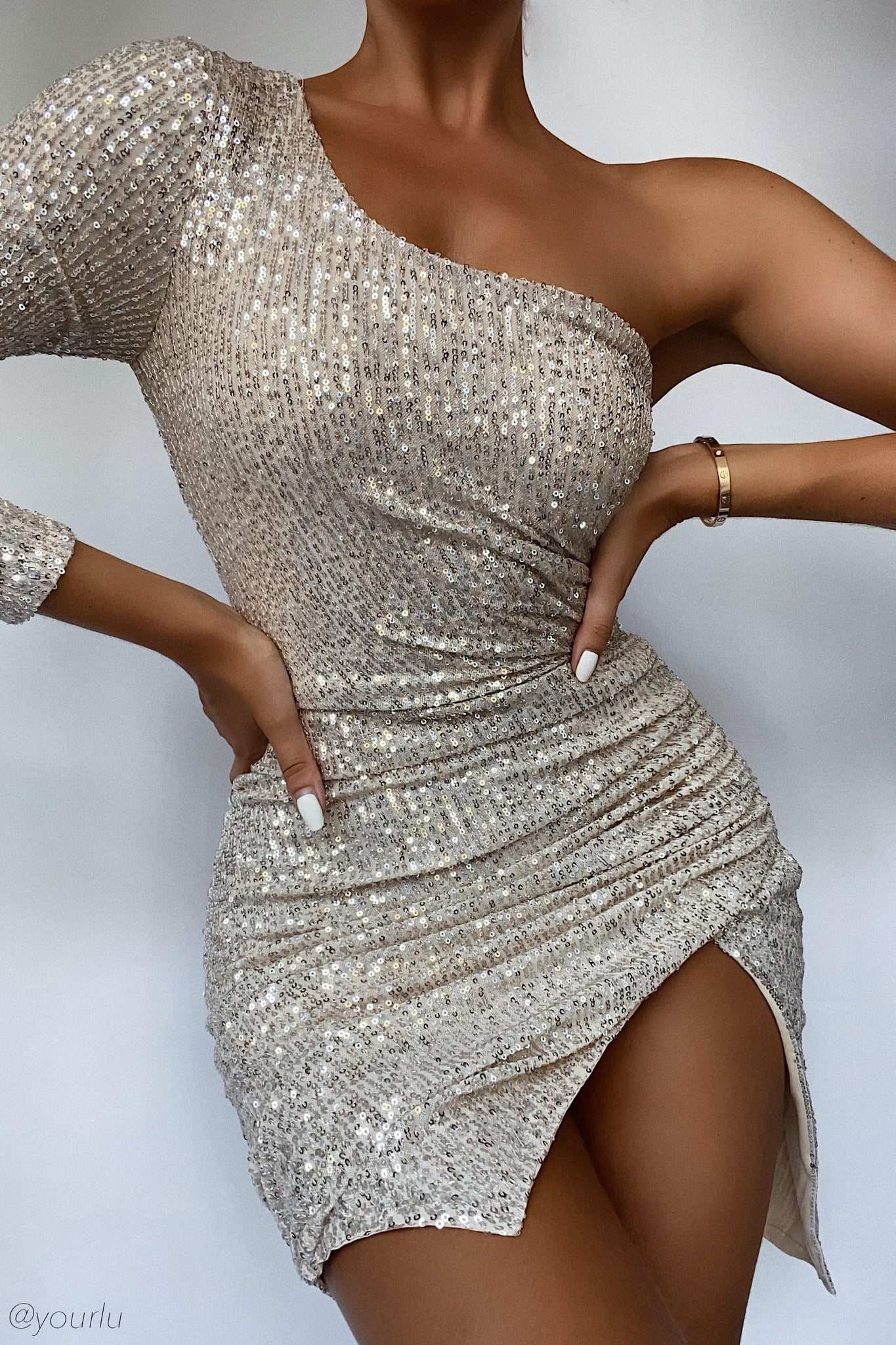 Kirstie One Shoulder Sequin Mini Dress - Silver - MESHKI