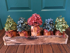 Long wooden box centerpiece (Fits 6 pint jars) - PampasPalace