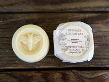 Load image into Gallery viewer, Beeswax Lotion Bar