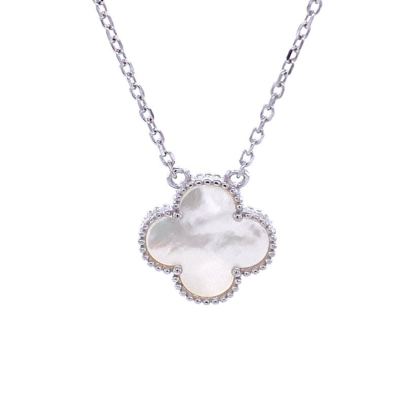 Single Mother-of-Pearl Clover Necklace in Silver