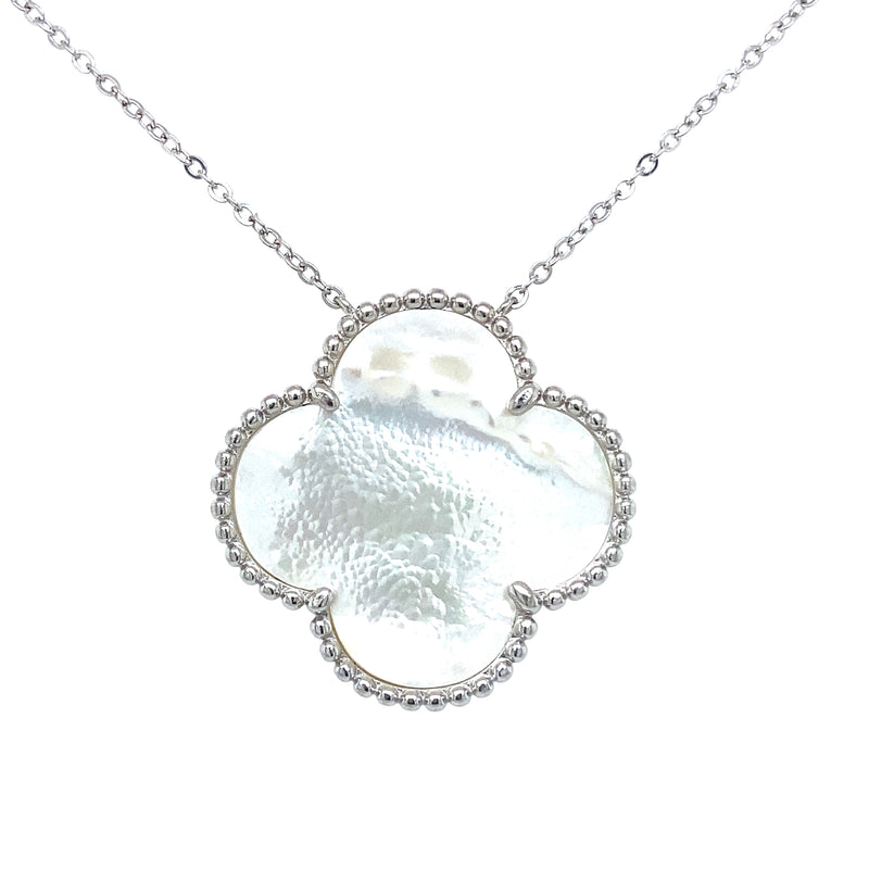 Large Single Mother-of-Pearl Clover Necklace in Silver