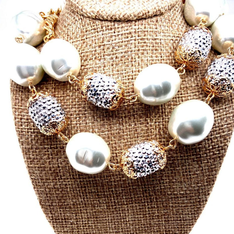 Curb Chain Necklace With Faux Pearls