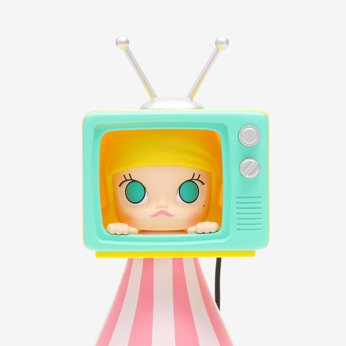 Molly Watching Television - popmart global